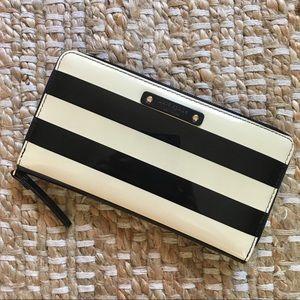 Kate Spade Black & Cream Zip Around Wallet